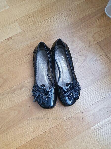 Лаковые туфли балетки на девочку 34-35 р. 22 см geox zara clarks ecco