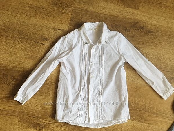Блузки и рубашки в школу на 6- 8 лет