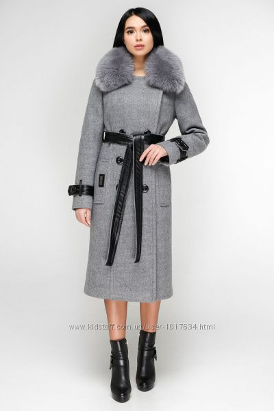 Стильное зимнее пальто с мехом р. 44-54