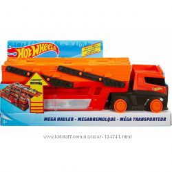 Автовоз Hot Wheels на 50 машинок Хот Вилс Mega Hauler Truck