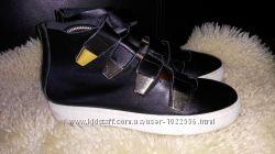 Northstar сліпони ботинки летние 38-39 р по ст 25. 5 см кожа на липучках ука