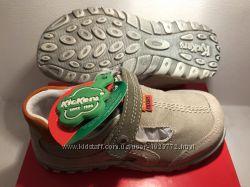 Туфли мокасины кроссовки босоножки Kickers 26-27 р