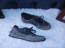 Кросівки 40 розмір 0a3487552fd22