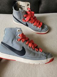 Кросівки 40  розмір, Nike
