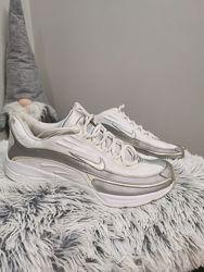 Кросівки 42 розмір, Nike