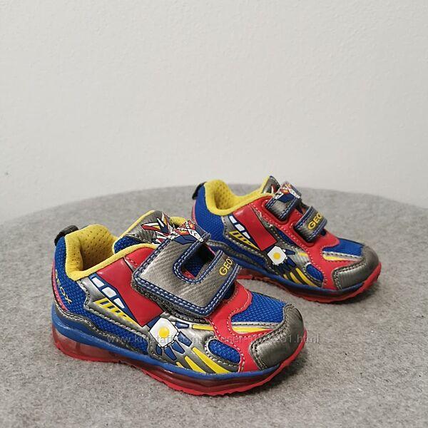Кросівки 21 розмір, Geox,