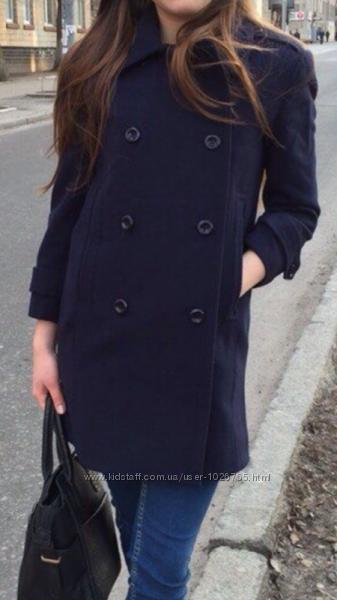 Стильное двубортное шерстяное пальто прямого кроя в стиле бойфренд