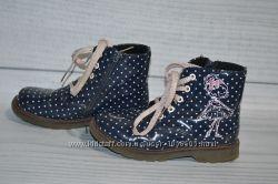 Демисезонные ботинки 29-30, стелька 19