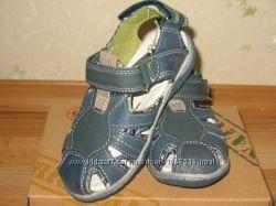 Летние туфли босоножки сандалии с закрытым носком для мальчика, кожаные