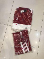 Яркий спортивный костюм Adidas оригинал XL