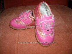 кожанные туфельки, размер 20, по стельке 12. 5см.