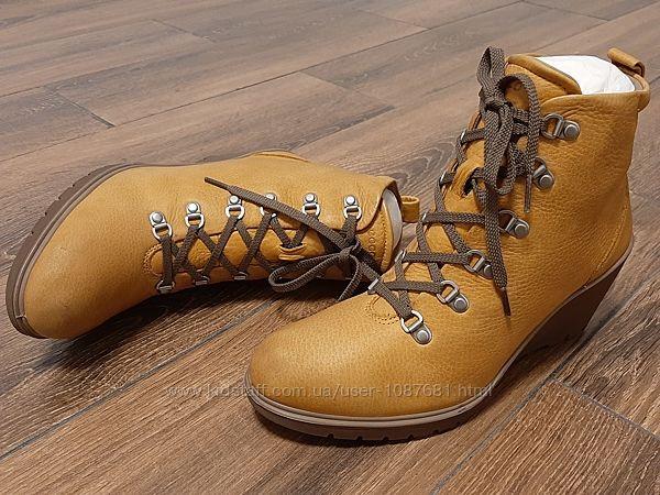 Фирменные ботинки Ecco