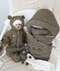 набор вязаный комбинезон и конверт для малыша коричневый мишка 1245