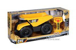 Самосвал на радиоуправлении звук свет Toy State Caterpillar Dump Truck