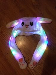 Детская шапка светящаяся с двигающимися ушами кигуруми kigurumi пикачу