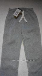 Спортивные штаны теплые 9-10 лет.