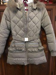 Продам пальто на девочку Silvian Heach