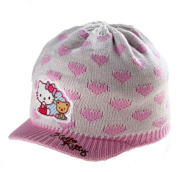 Шапочки Hello Kitty 2-4 года фото на ребенке