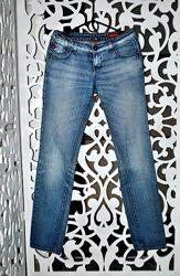 Джинсы голубые брендовые Италия S светлые крутые супер стильные женские