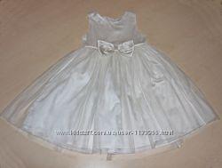 Нарядное белое платье 3-5 лет