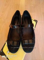 Замшевые  туфельки  Шаговита