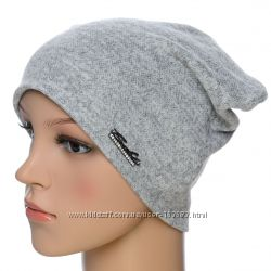 Стильная трикотажная шапка, цвета разные