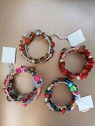Яркие браслеты на пружине - лучший подарок