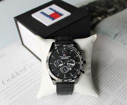 Стильные часы Tommy Hilfiger