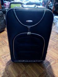чемоданчик черный с красным