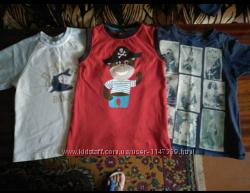 Три футболочки