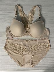 Комплект нижнего белья Victorias Secret 34B, трусики S. Вікторія Сікрет
