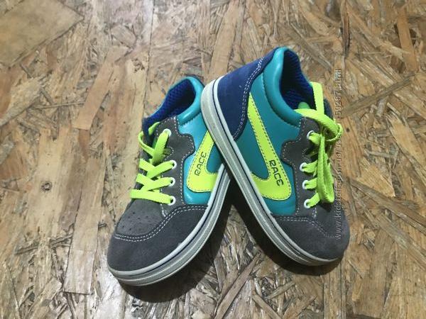 Стильные ботиночки Twisty