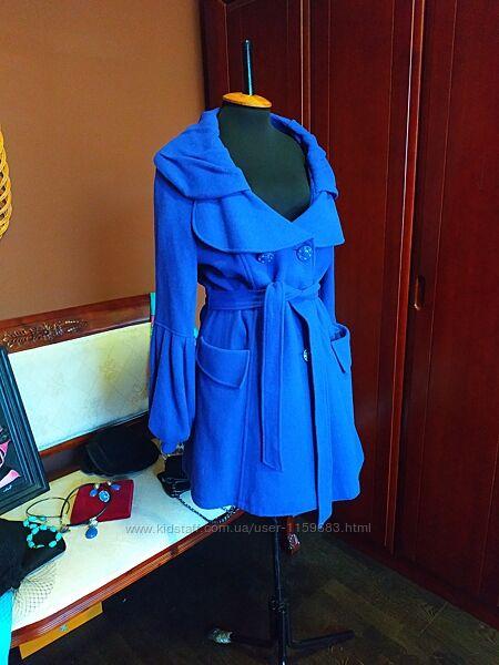Яркое и элегантное шерстяное пальто You