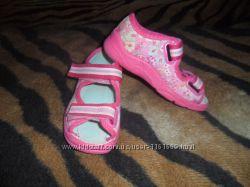 Тапочки-босоножки для девочки Befado