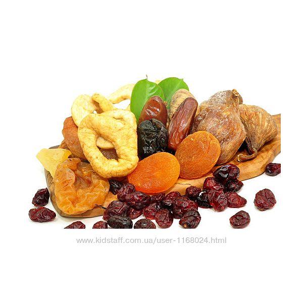 Сухофрукти, горіхи, масла, крупи та все для здорового харчування