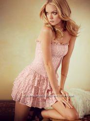 Волшебное кружевное платье Victoria&acutes secret размер XS нежно-розовое