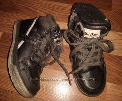 Ботинки демисезонные 25-26р Bobbi Shoes
