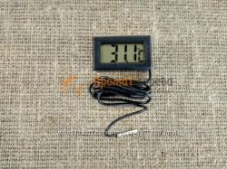 Электронный термометр в выносным датчиком температуры