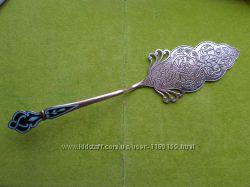 Ажурная лопатка для торта с эмалями , серебро 825 СССР.