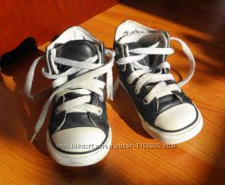 Converse кожаные кеды на осень. 14, 5 см стелька Оригинал. 22 размер.