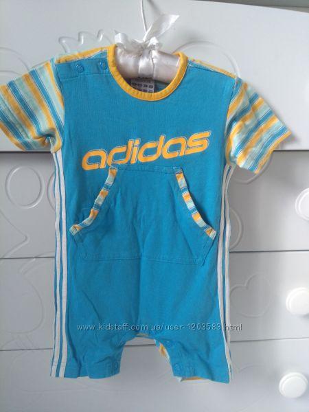 Футболка и бодик- песочник Adidas оригинал.