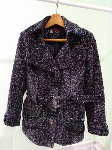 Короткое пальто на пояс FORUM разм. 46