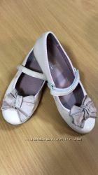 Лаковые туфельки с бантом