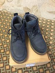 Кожаные демисезонные ботинки Zara, 35 размер, стелька 23 см