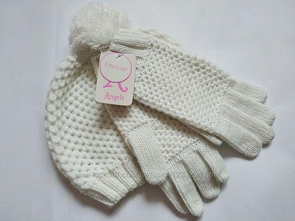 Набор для девочки шапка и перчатки