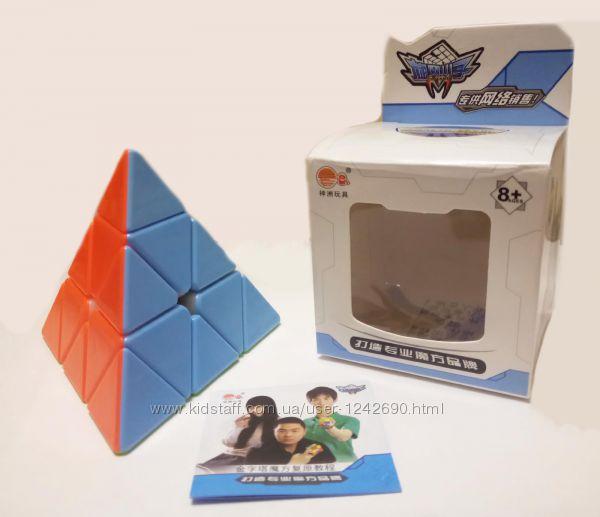 Пирамидка из цветного пластика кубик рубика Cyclone Boys