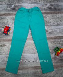 Джинсы F&F бирюзового цвета на девочку 6-8 лет