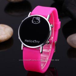Часы детские наручные новые Hello Kitty