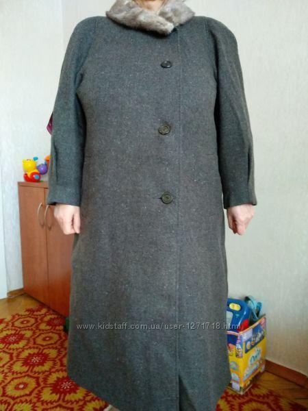 Пальто женское, зимнее, воротник - норка, р. 54