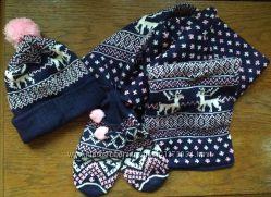 Зимний набор для девочек комплект шапка шарф варежки Качество